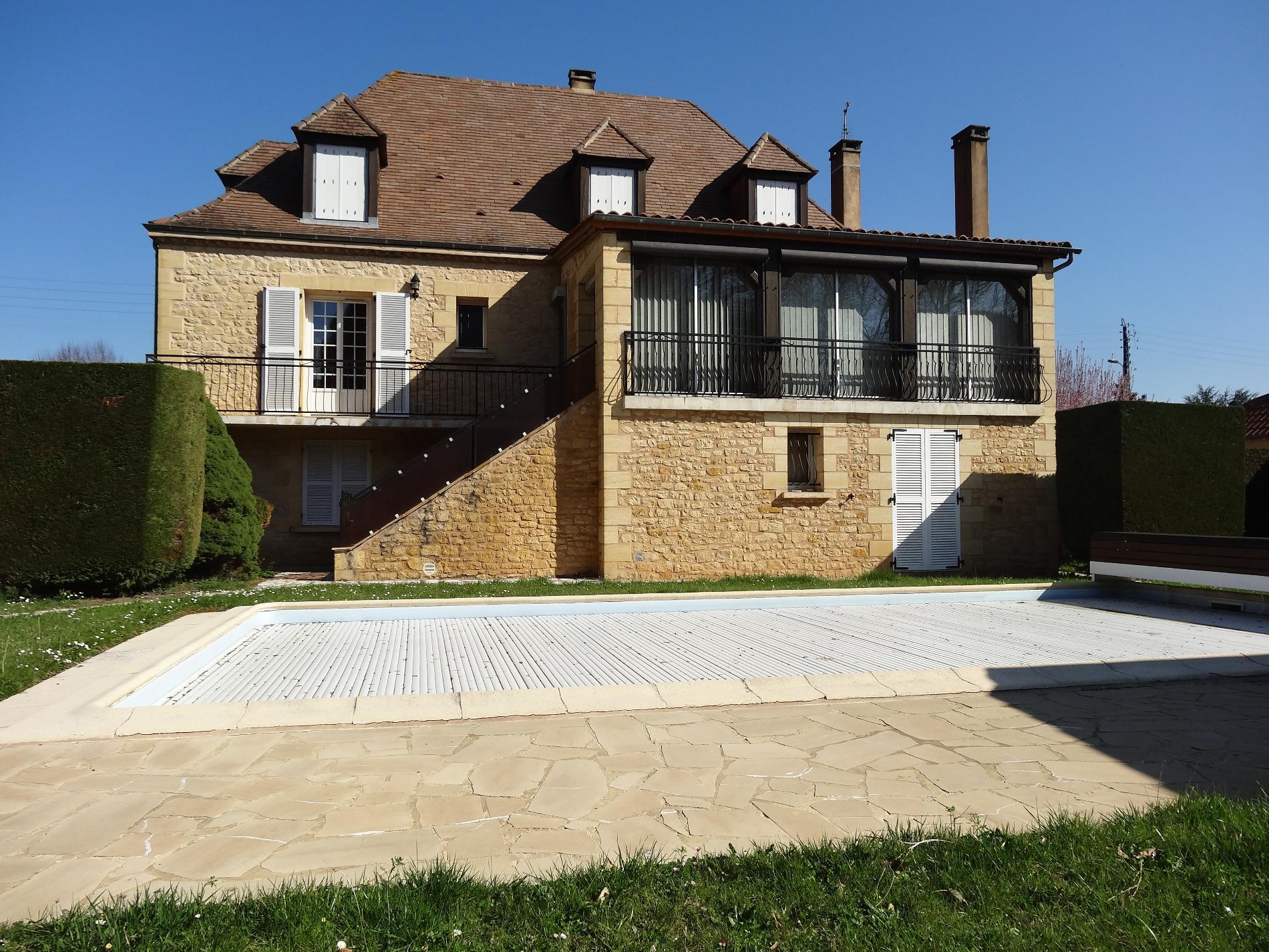Annonce vente maison le buisson de cadouin 24480 220 for A vente maison